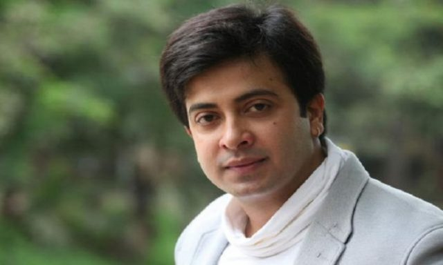Shakib khan stopped the press breffing