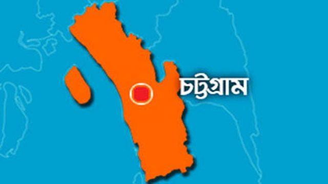 Rescued bloody bodies of Indian students in Chittagong ভারতীয় শিক্ষার্থীর রক্তাক্ত লাশ