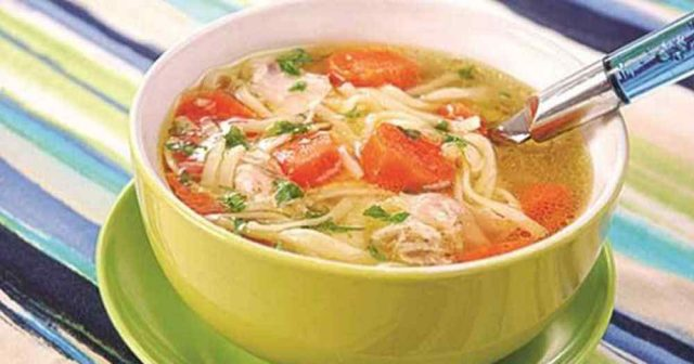 Chicken vegetable soupe