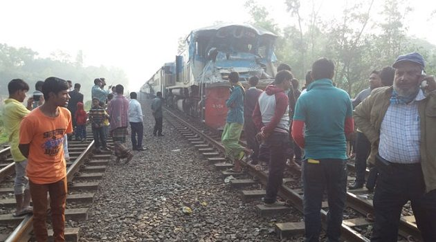 Gazipur train-truck collision killed one