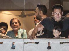 Fans cheer as Salman Khan gets bail