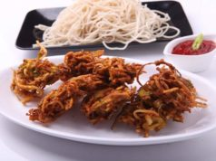 Iftar with crunchy noodles pakora
